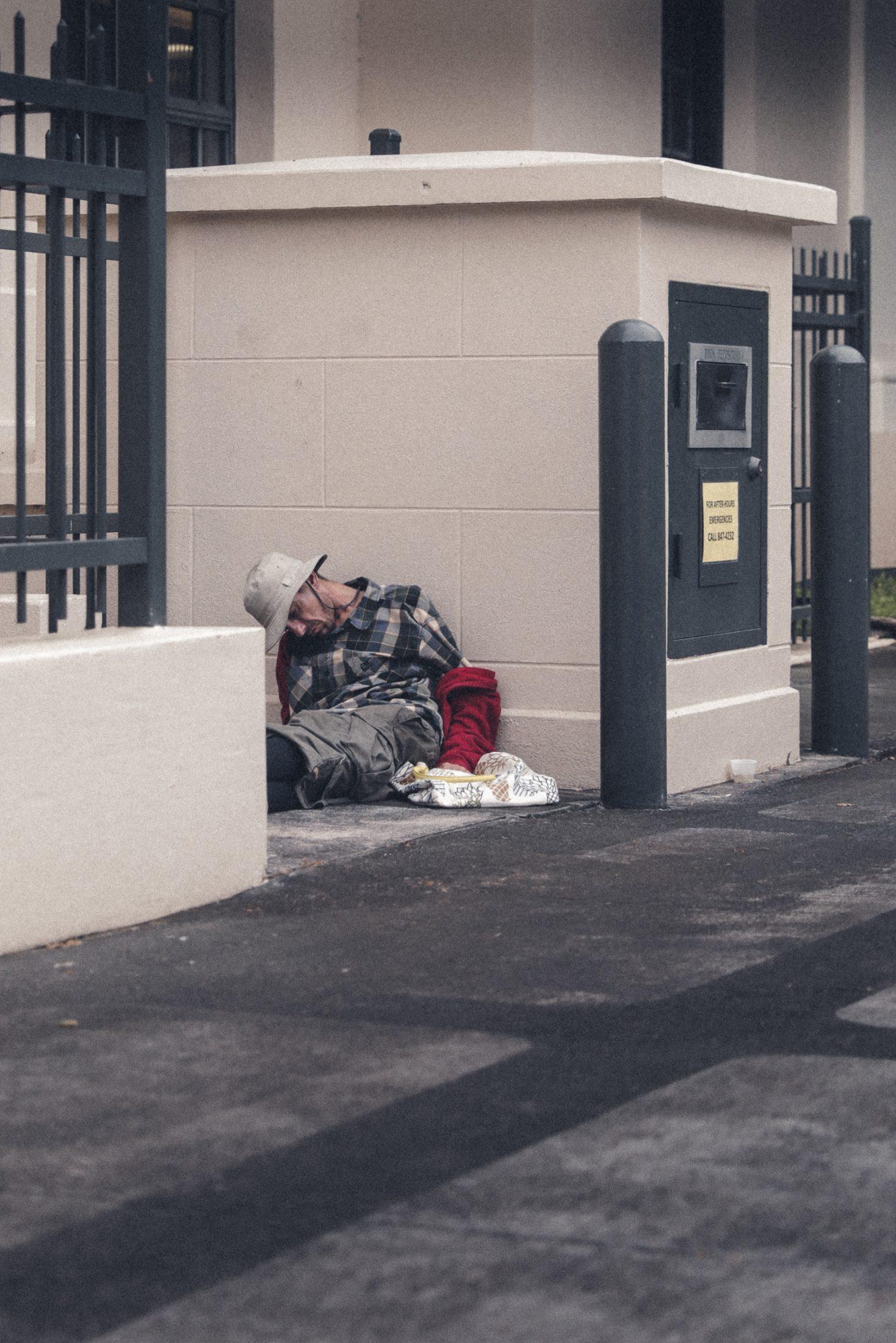 hawaii homeless man